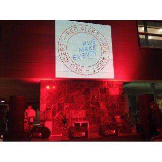 🖊 Literatura en Trànsit 📌 ubicacion: Biblioteca Juan Marse, Barcelona 🛠 Material: *Escenari *Cadires *Equip de so *Equip de llums #culturasegura #femesdeveniments #wemakeevents #alertaroja #music #musica #stage #escenarios #sound #sonido #so #light #lighting #estructura #barcelona #bcn #instagram #larulot #larulotrules #somespectacle