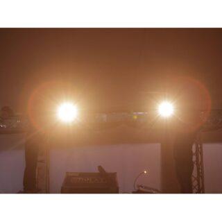 🖊 Serveis per l'espectacle rulot 📌 Carrer Santander 81, nau B 🛠 *Escenaris *Equips de so *Equips de il•luminació *Estructura *Cobertas d'escenari #culturasegura #femesdeveniments #wemakeevents #music #musica #stage #escenarios #sound #sonido #so #light #lighting #estructura #barcelona #instagram #larulot #larulotrules #somespectacle